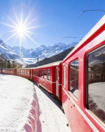 Vé xe lửa Âu - Á